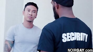 Menacing gay security fucks the suspect - interracial gay sex