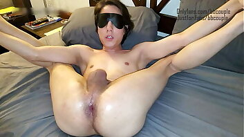 Couple have smooth, tight, blindfolded old crumpet pussy before bed!